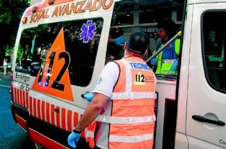 Dos heridos al salirse de la vía en Portaje