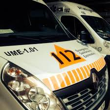Herido grave un joven motorista en choque con un coche en Badajoz