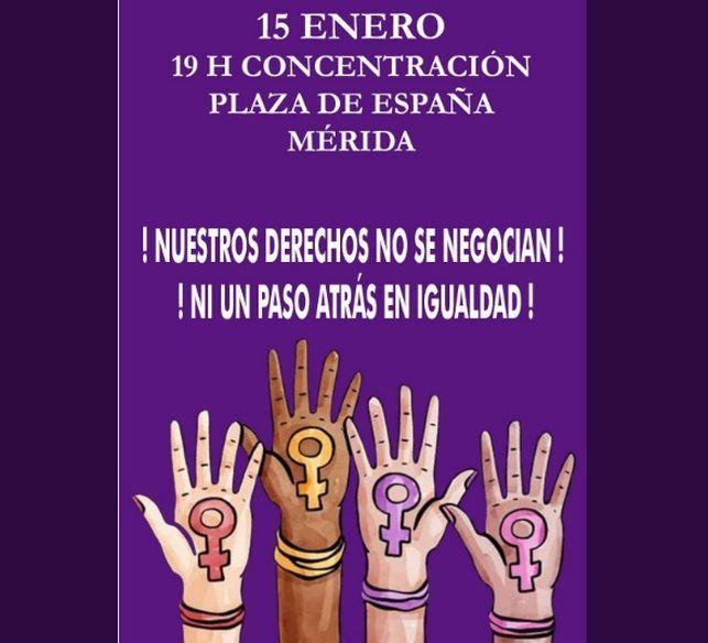 NI UN PASO ATRÁS, concentración por los derechos y la igualdad de las mujeres, en Cáceres, Badajoz y Mérida