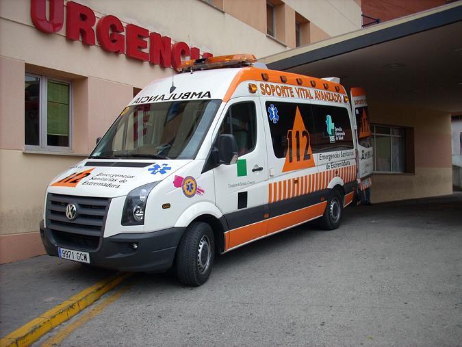 Un camionero muere y un motorista resulta herido en sendos accidentes de tráfico en Cáceres