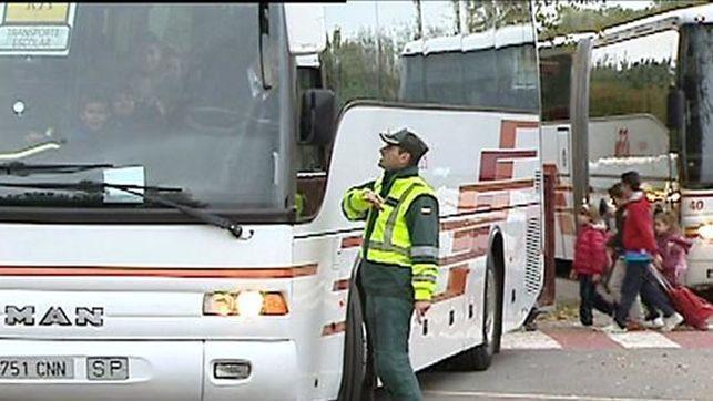 Campaña de Tráfico para el control del transporte escolar en carreteras y vías urbanas de Extremadura