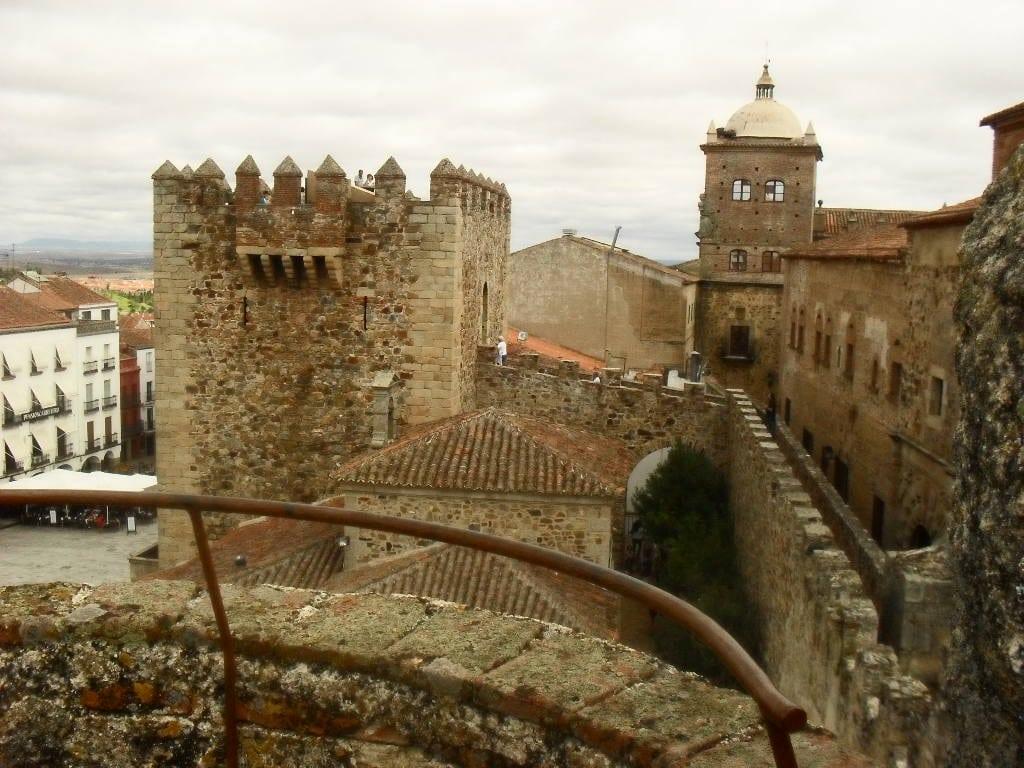 Publicado en el perfil del contratante la licitación de las obras para la primera fase de la restauración de la Muralla de Cáceres