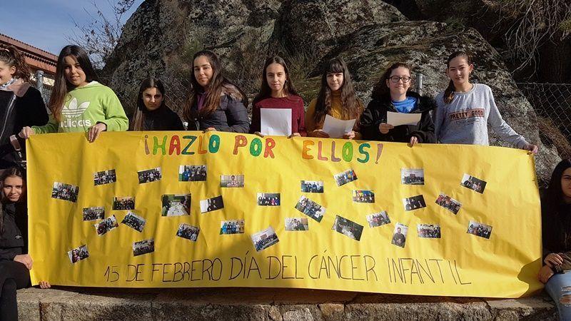 Alumnos de Valverde del Fresno recaudan cerca de 17.000 euros contra el cáncer infantil