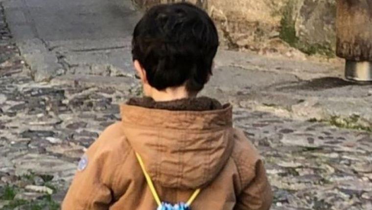 Iniciada en Badajoz una campaña para salvar a Carlos, niño de 3 años con leucemia