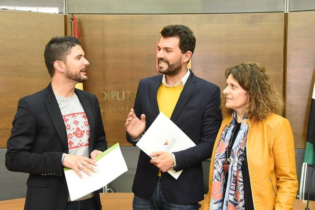 El folklore será protagonista en 45 municipios de la provincia de Cáceres