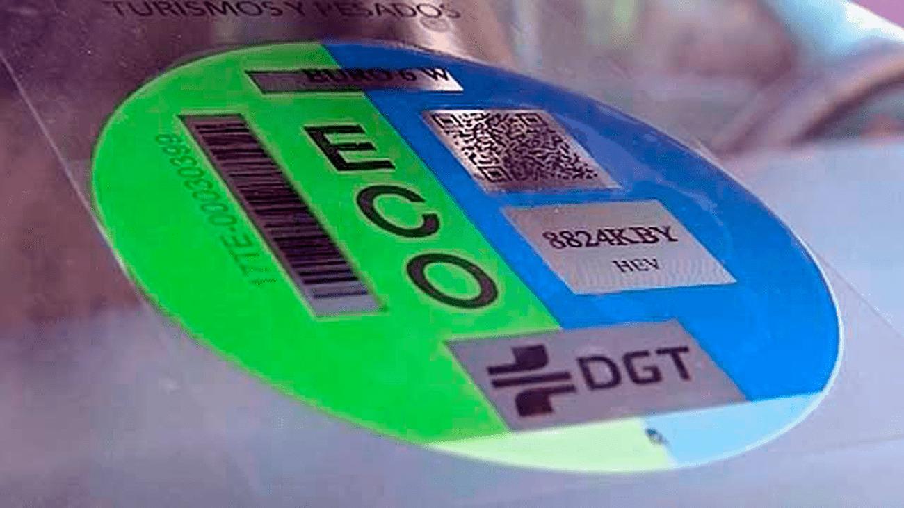 El próximo 24 de abril entra en vigor la obligatoriedad de llevar el distintivo ambiental de la DGT para circular por la ciudad de Madrid