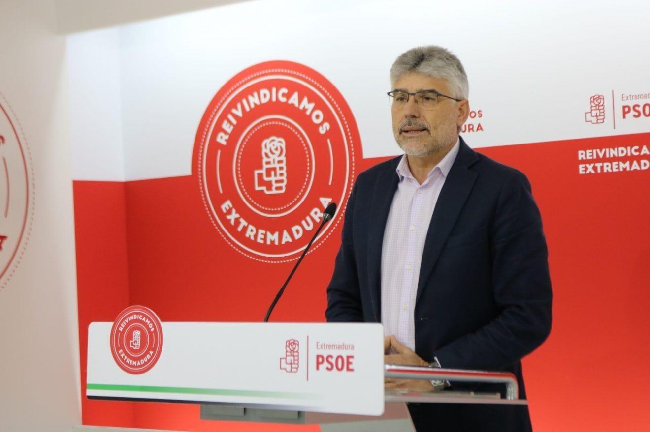 """Valentin García, PSOE: """"Vamos a blindar las pensiones en la Constitución"""""""