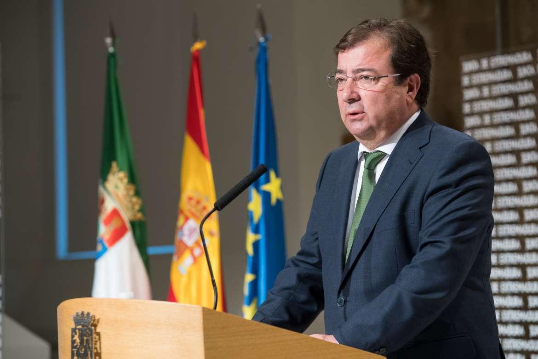 Vara firma el decreto de convocatoria de las próximas elecciones autonímicas del 26M