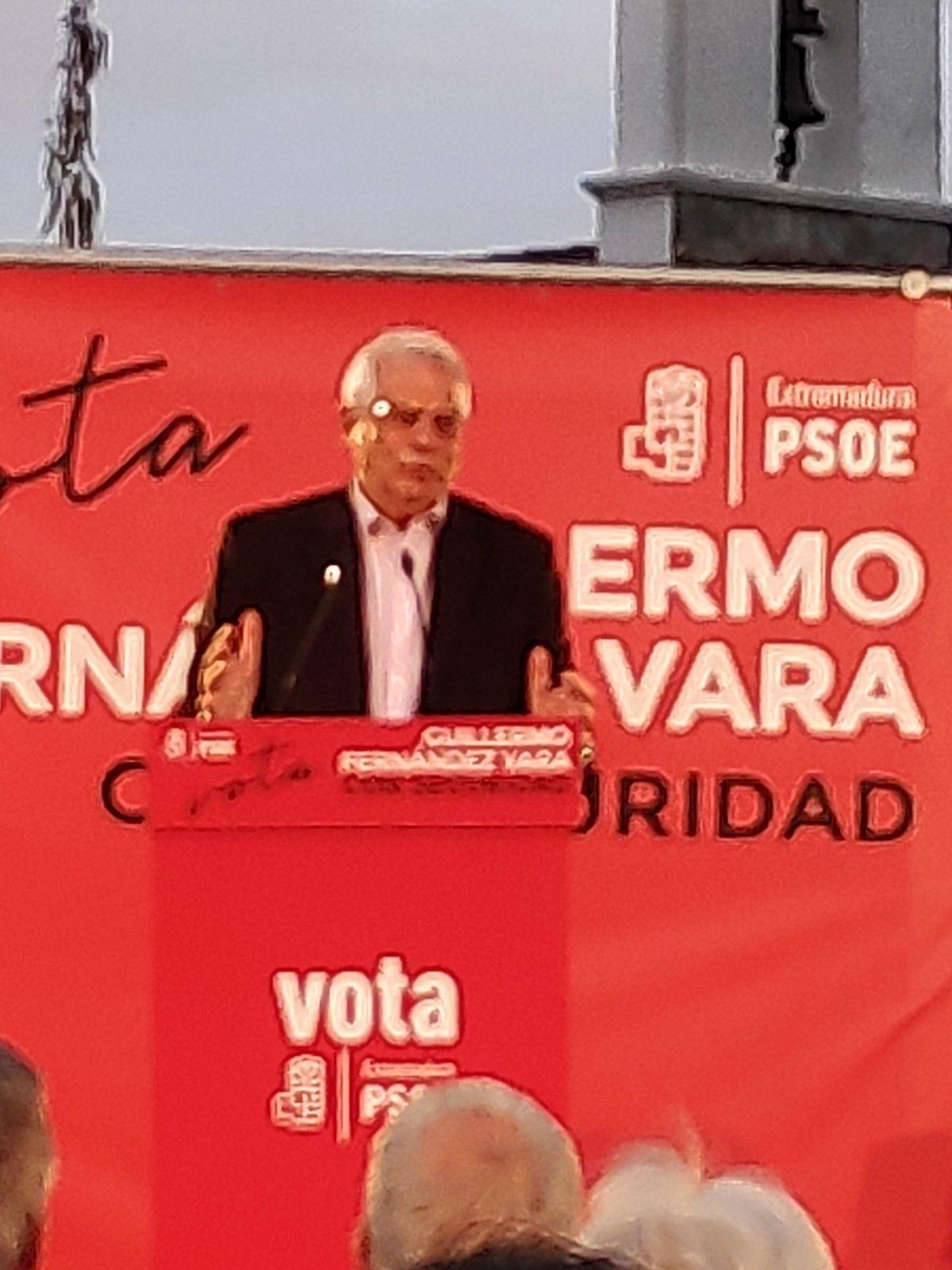 Borrel anima a votar en masa en la apoyo de la Unión Europea