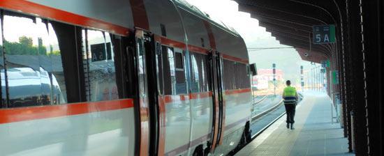 Una nueva avería en el tren Madrid-Extremadura obliga a trasladar a 75 pasajeros a otro vehículo