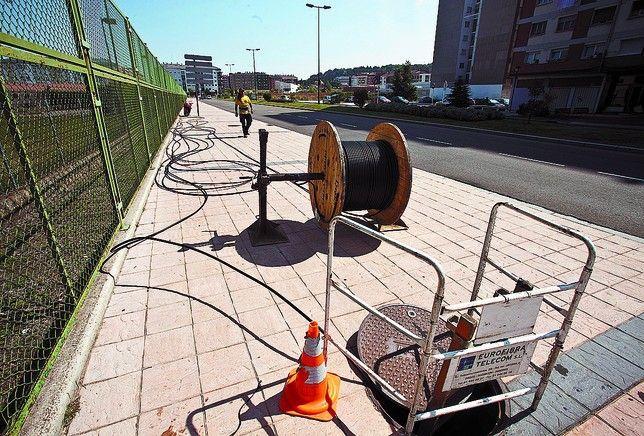 La Junta convoca ayudas para el despliegue de redes de fibra óptica en entidades locales menores