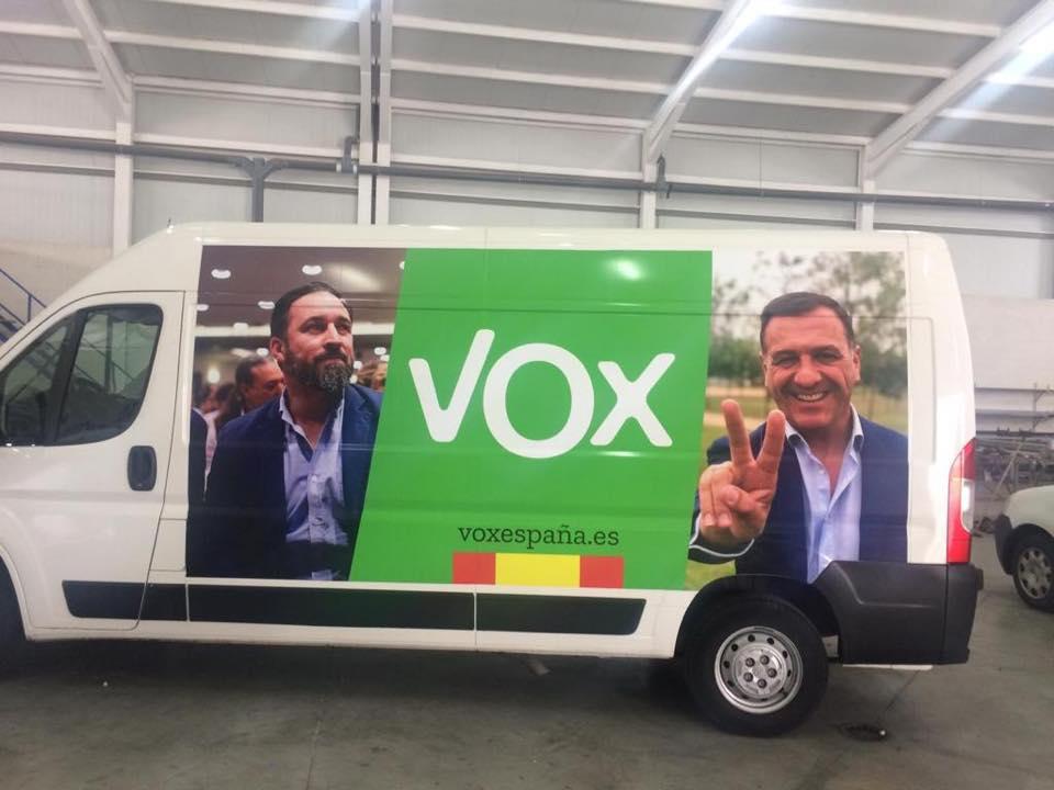 Morales, VOX,  apuesta por la Administración Fácil como alternativa a la máquina de sanción y presión en que los socialistas han convertido la Junta