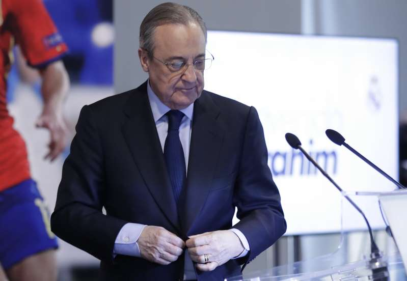 Florentino cambia radicalmente su política de fichajes