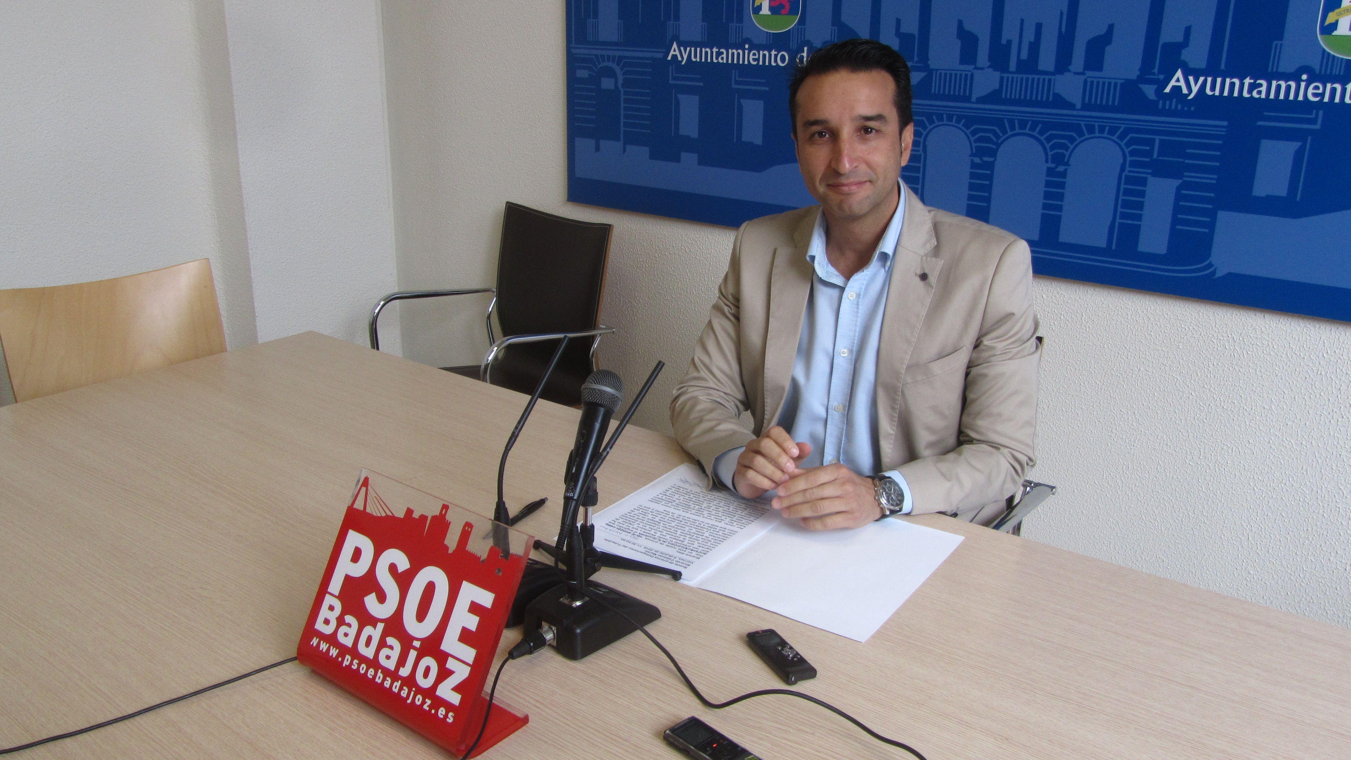 Cabezas, PSOE, exige al tripartito municipal pacense no ocultar más su programa de gobierno y reclama consensuar las inversiones reales previstas para 2020
