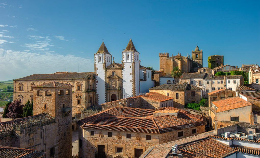 Cáceres se integra en dos redes europeas de turismo y economía circular dentro del programa URBACT