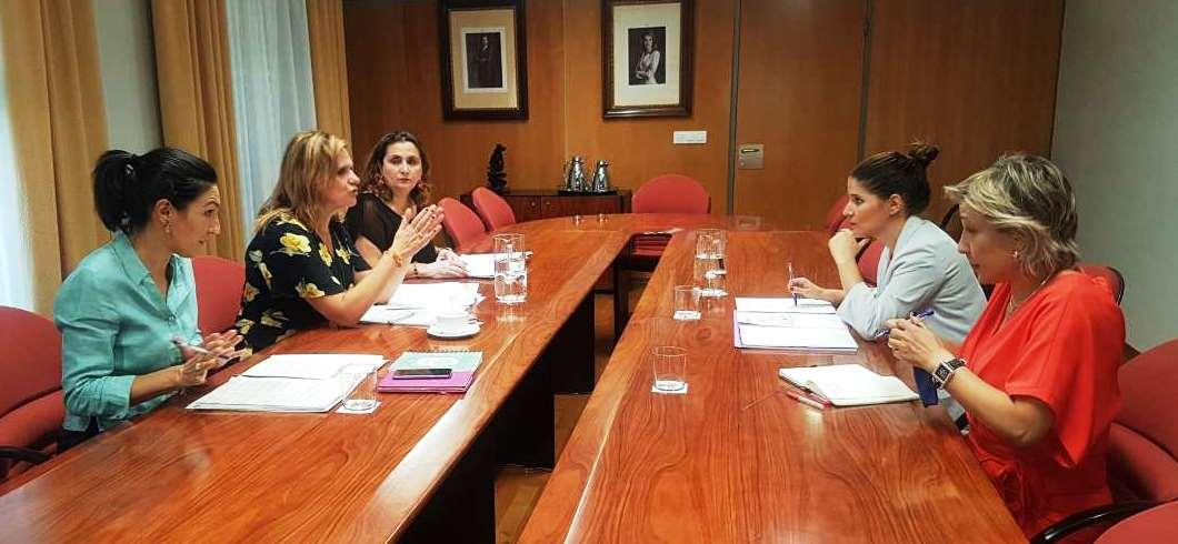 Más de 1500 mujeres tienen un caso activo de violencia de género en Extremadura