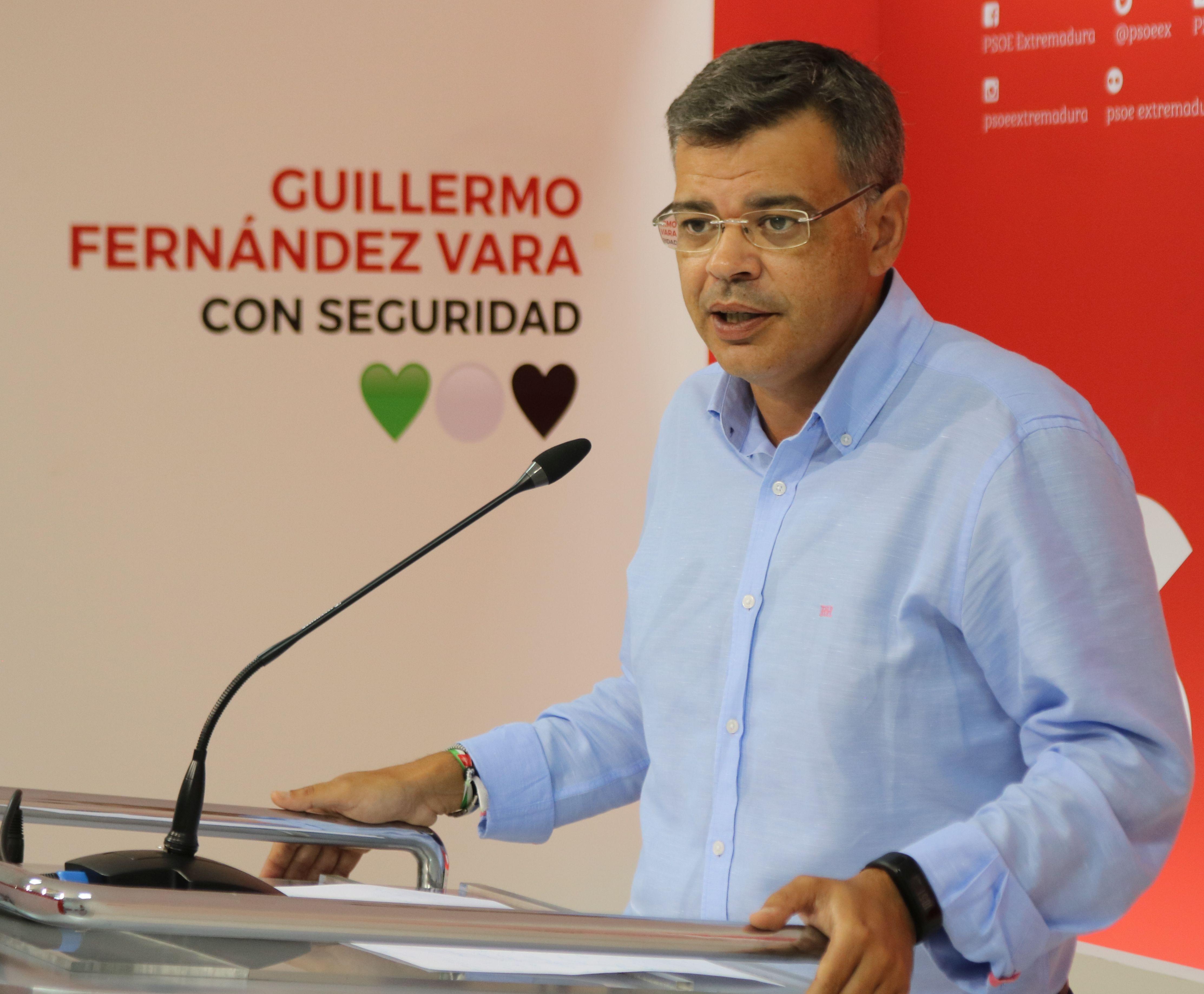 """González, PSOE: """"En Badajoz hay un trifachito en el que PP y C´s han abierto la puerta del ayuntamiento al fascismo"""""""