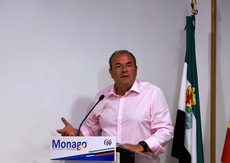 """Monago: """"Que el Gobierno no esté constituido y a pleno rendimiento no es buena noticia para Extremadura"""""""