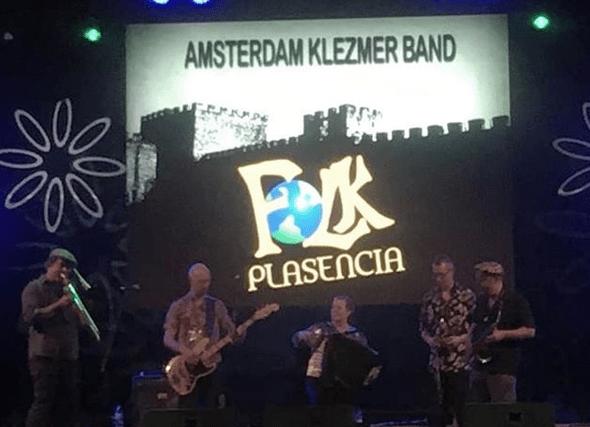 Manantial Folk, Sondedeu y Amsterdam Klezmer Band cierran una nueva edición del Folk Plasencia