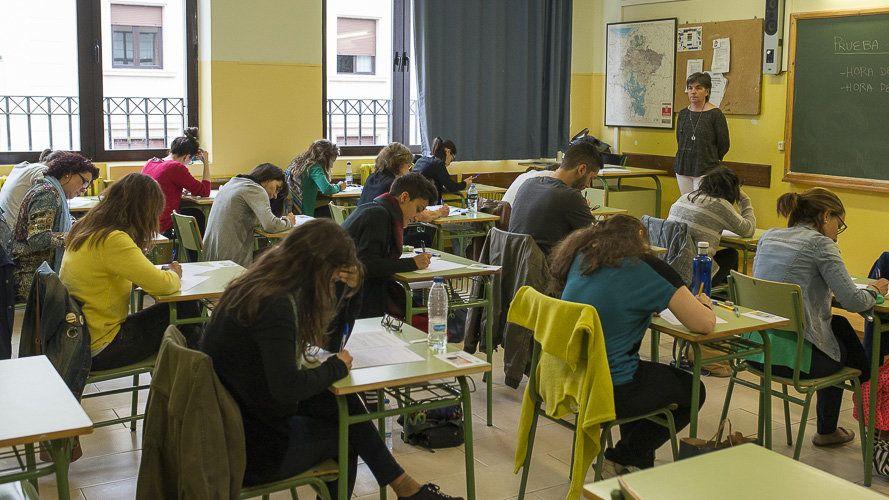 El PP exige recortes cero en Educación y que se refuercen las plantillas para el próximo curso