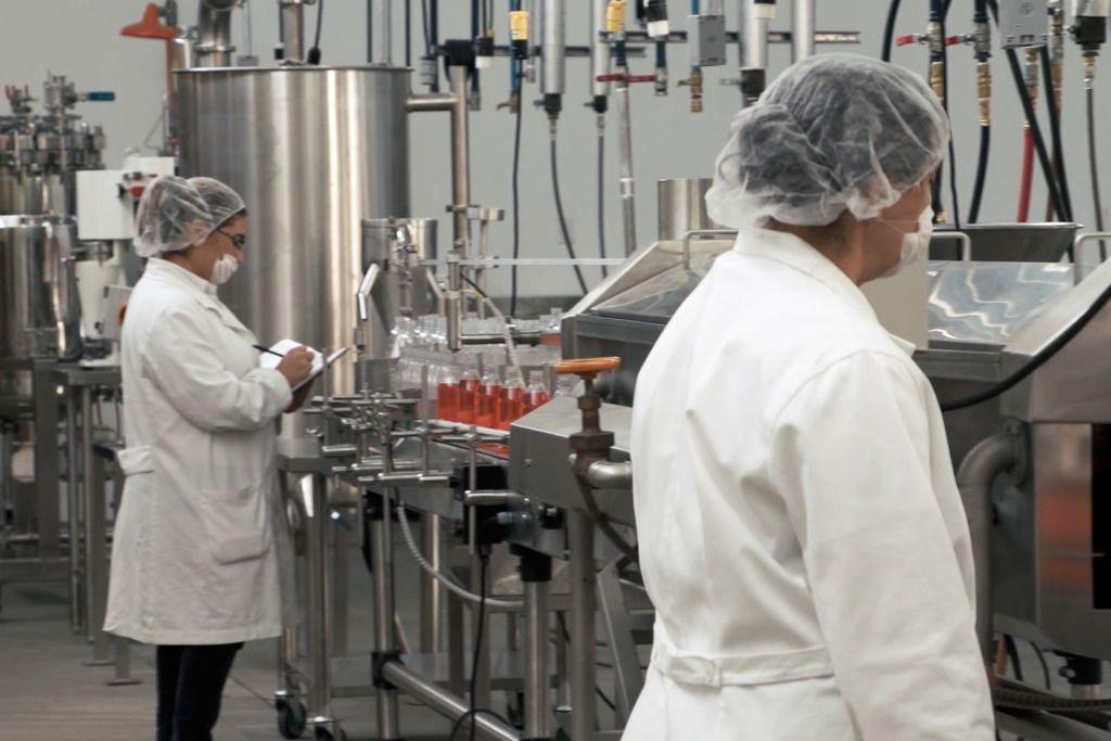 La Junta destina 4 millones de euros a subvenciones para el fomento de la contratación  de personal de apoyo a la investigación