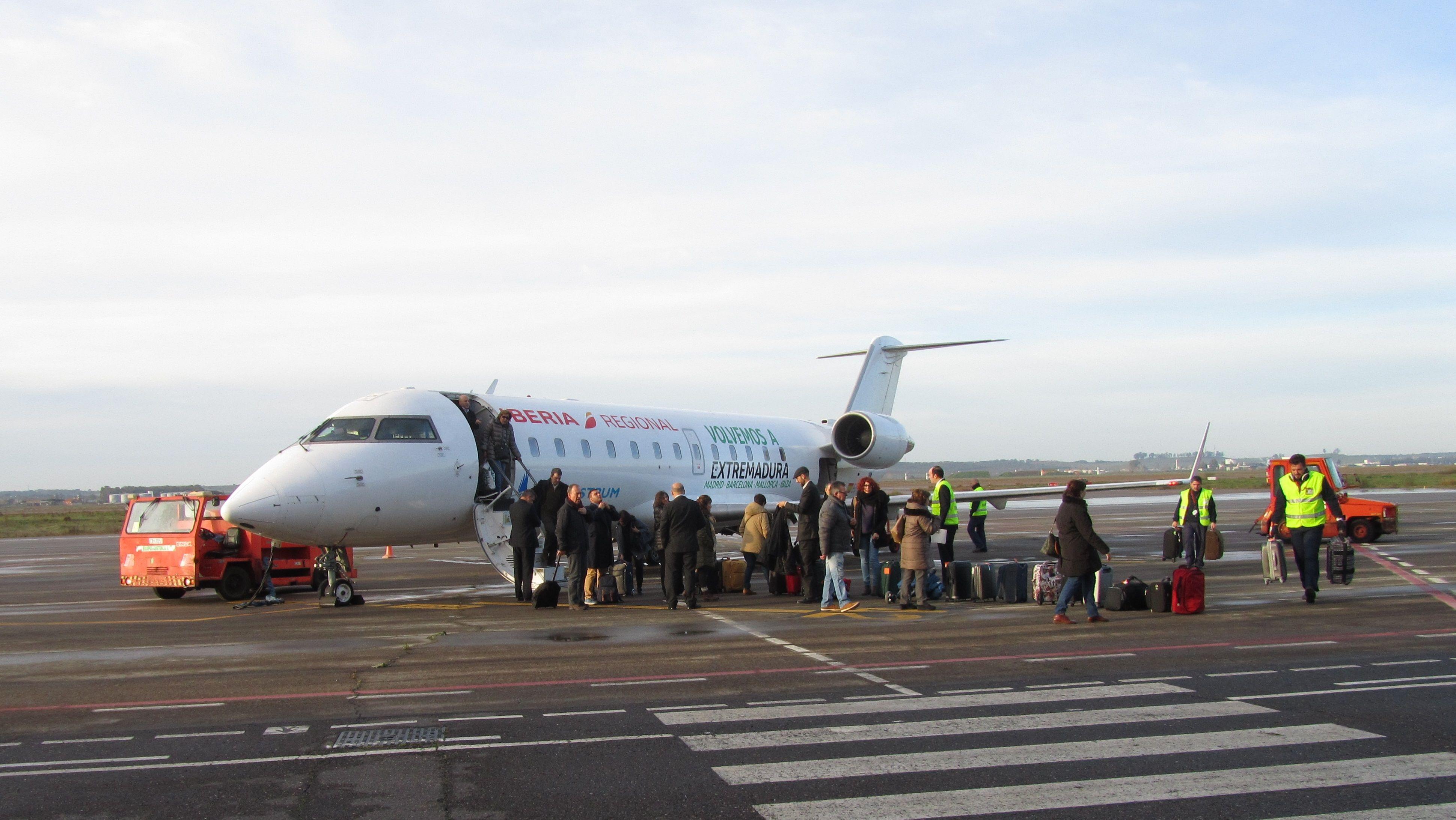 Aumenta considerablemente el tráfico aéreo Extremadura-Madrid-Barcelona con Air Nostrum en el primer año de la OSP