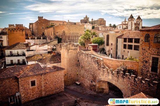 Ciudadanos propone un programa de ayudas a la rehabilitación de edificios y fachadas del Casco Antiguo