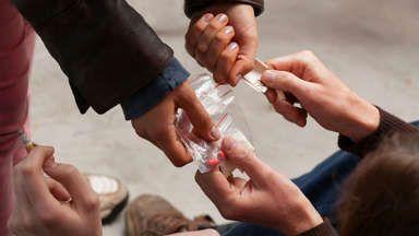 Desmantelado un punto de venta de droga cercano a varios centros escolares pacenses