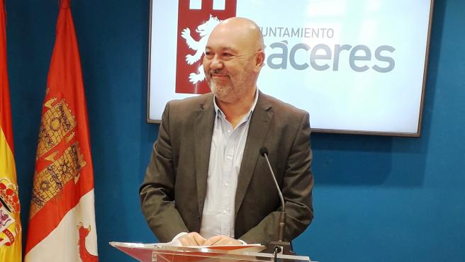 CÁCERES VIVA SOLICITA LA INMEDIATA DIMISIÓN DEL CONSEJERO VERGELES