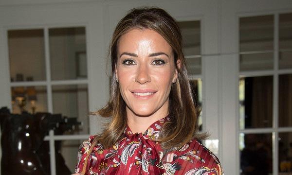 La modelo y ex Miss España, Inés Sainz asegura que una empresa de cosmética la ha despedido por padecer cáncer de mama.