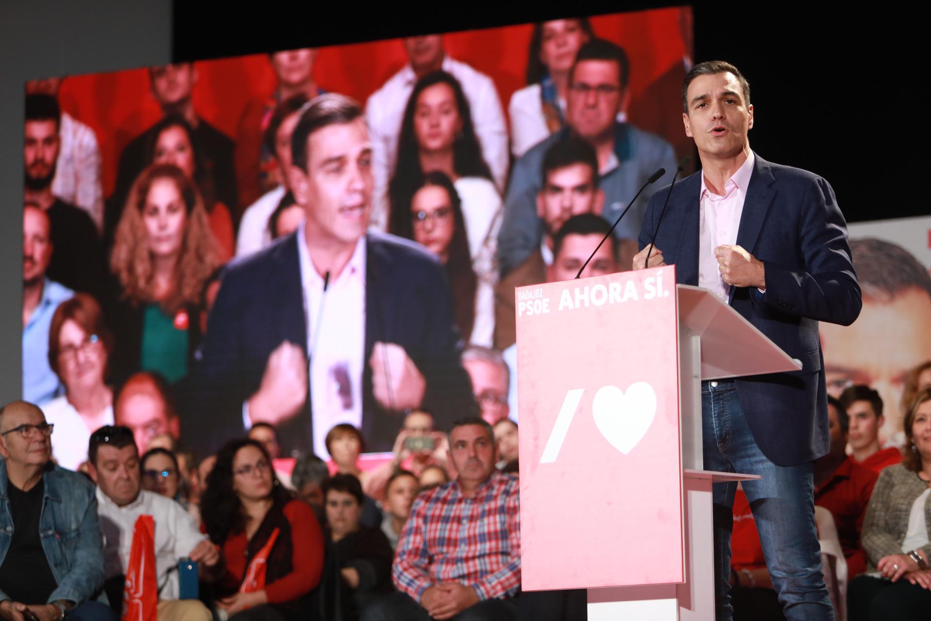 Pedro Sánchez en Badajoz: Hay que votar al PSOE para acabar con el bloqueo