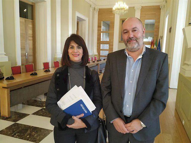 Alcántara y Díaz proponen la creación de un catálogo municipal de parcelas disponibles para nuevas empresas  en Cáceres