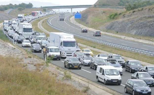 Carreteras y horarios a evitar en el Puente de la Constitución