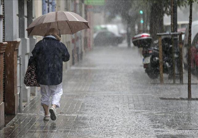 Panorama sombrío este lunes con lluvia y viento en toda Extremadura