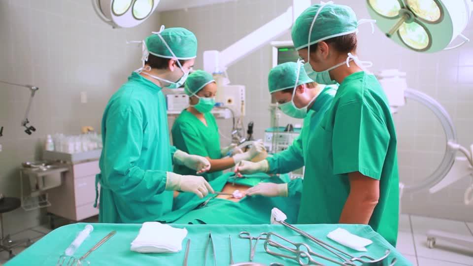 Vergeles dice que la lista de espera sanitaria global ha descendido un 10% en el segundo semestre de 2019