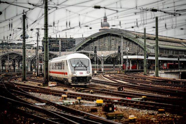 Ciudadanos pide que la conexión en tren entre Madrid y Lisboa pase por Extremadura