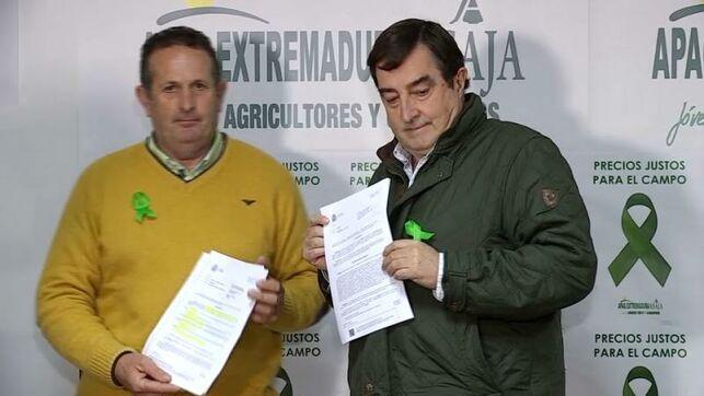 Apag y Asaja anuncian cortes de carretera el próximo martes 18 de febrero para no enfriar la movilización agraria.