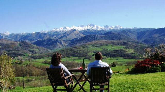 Más de 10 millones de euros para la puesta en marcha de 15 medidas dentro del Plan de Reactivación del Turismo de Extremadura