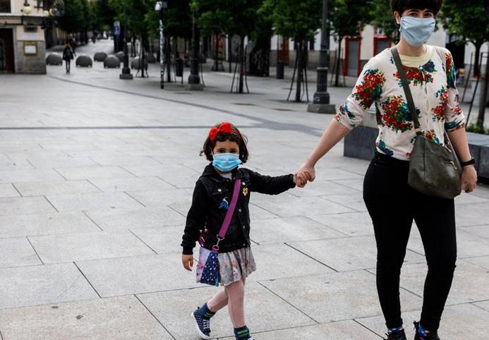 Las mascarillas serán obligatorias a partir de mañana jueves, de forma generalizada, incluyendo a los niños desde los 6 años