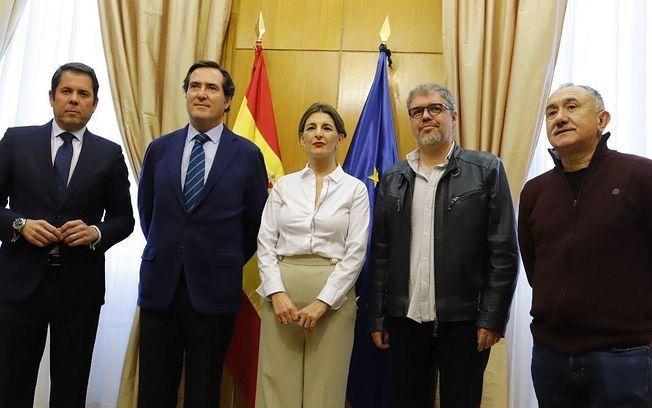 Acuerdo para prorrogar los ERTE hasta septiembre