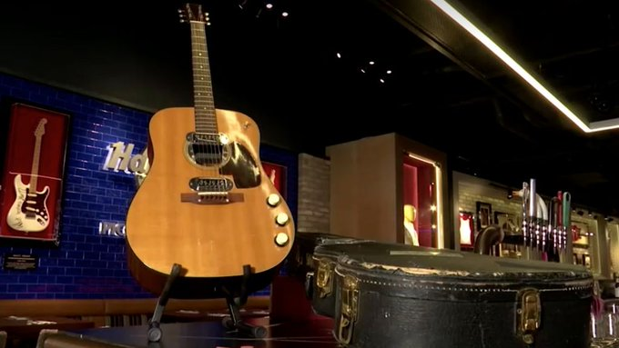 Una guitarra de Kurt Cobain se vende por seis millones de dólares