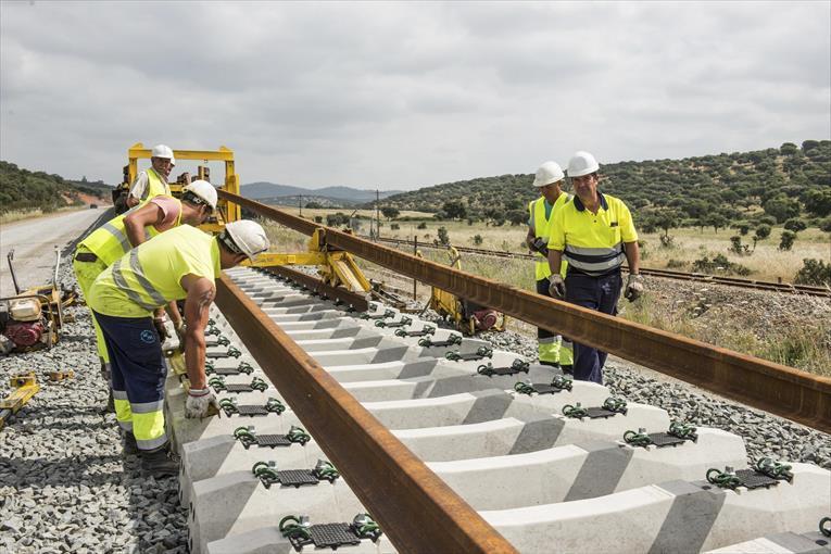 Licitadas las conexiones entre la Alta Velocidad y la red convencional entre Mérida y Badajoz