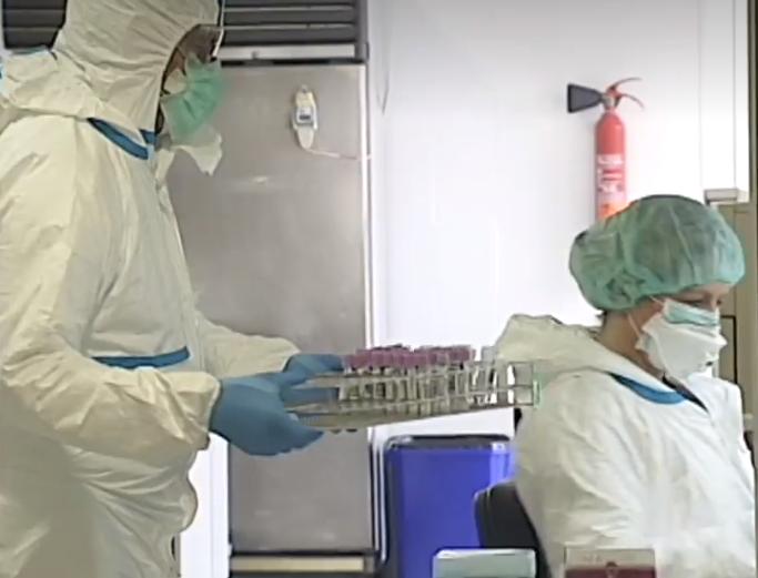 Sanidad quiere evitar que una posible nueva oleada de Covid en otoño coincida con la gripe estacional
