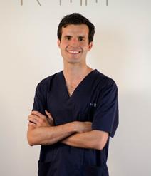 """El doctor extremeño Jesús Olivas-Menayo, premiado como """"Profesional de la salud más relevante en el ámbito oncológico"""""""