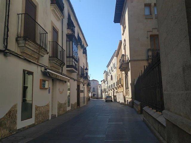 Los hosteleros de la Calle Pizarro de Cáceres reclaman medidas urgentes al Ayuntamiento con la advertencia de cierres y despidos