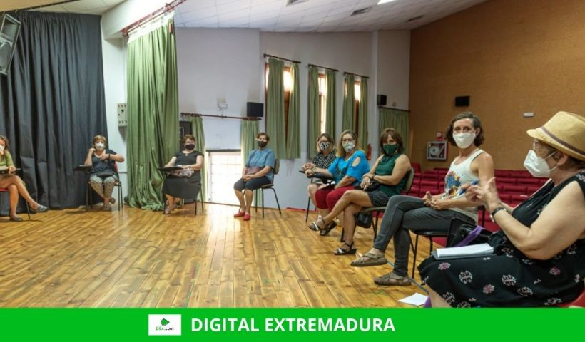 La Diputación de Cáceres y las mujeres de La Vera ponen en marcha una ruta teatralizada