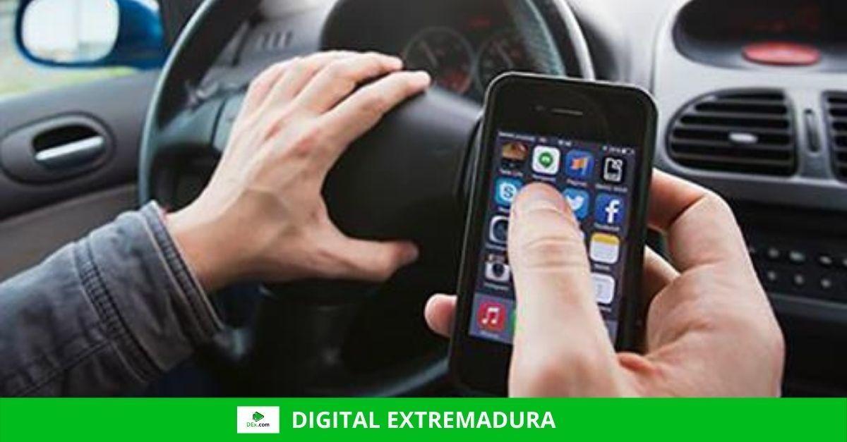 Las distracciones al volante se cobran la vida de más de 300 personas cada año
