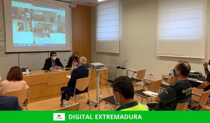 Reunión para coordinar el cumplimiento de las restricciones por covid 19 en Extremadura